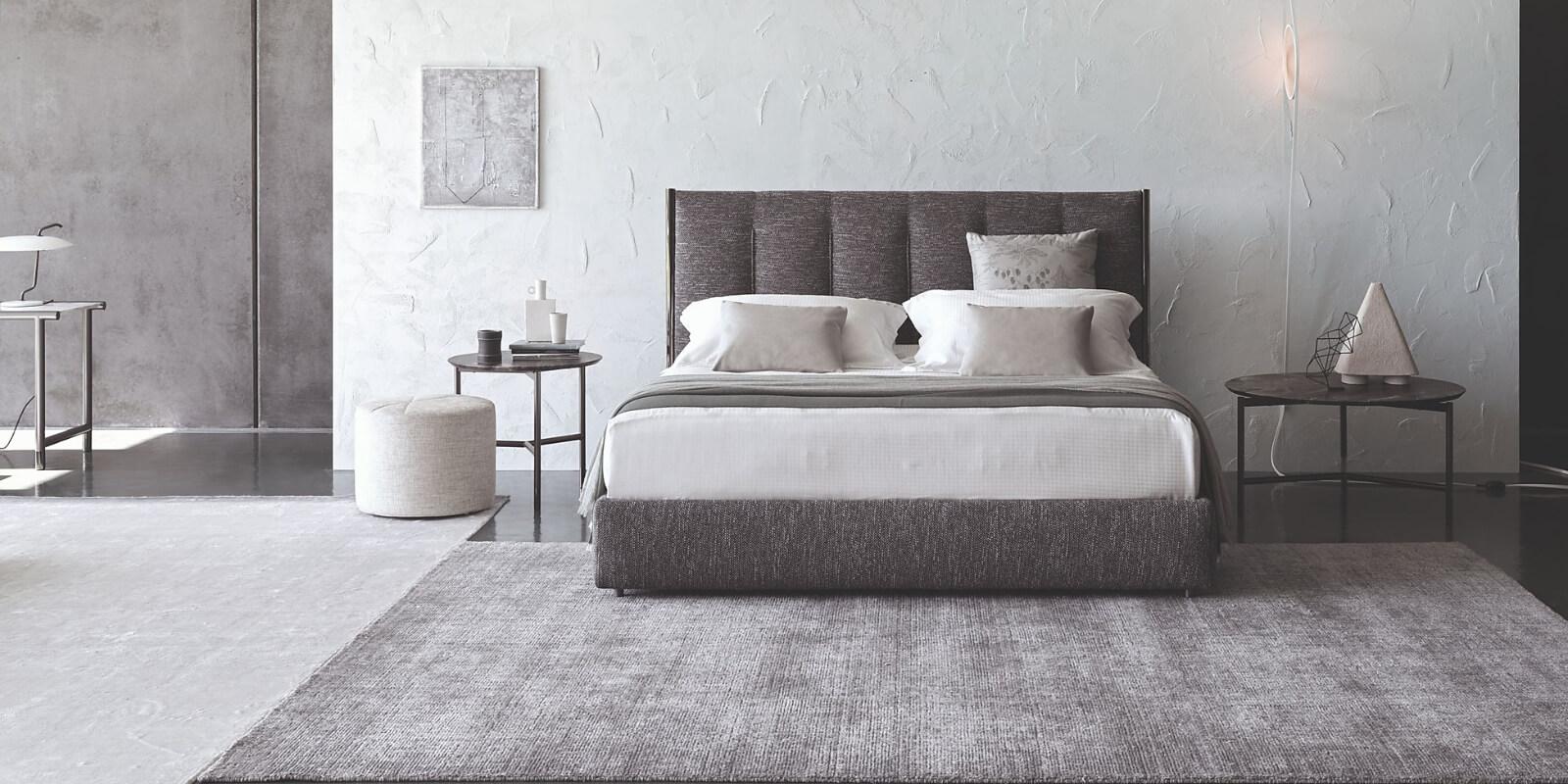 Tappeto moderno in scala di grigio